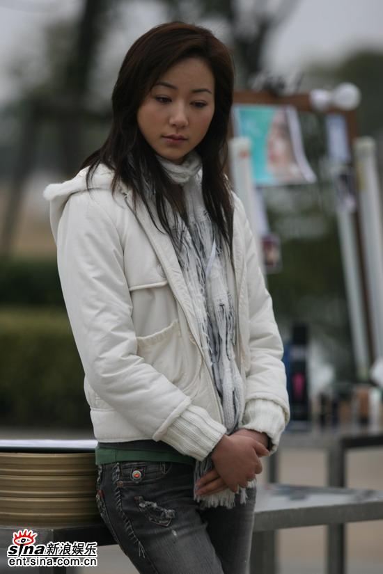 韩雪牛仔裤生活照
