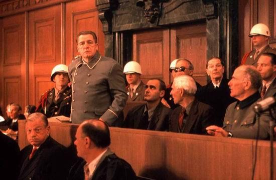 《东京审判》热映《纽伦堡大审判》紧急开庭