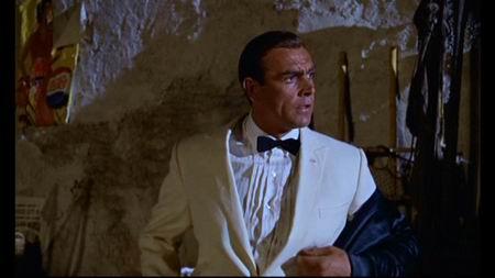 一区007终极套装之铁金刚大战金手指(组图)