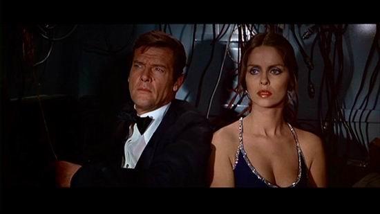 一区007终极套装之铁金刚勇破海底城(组图)