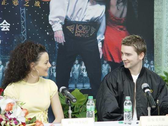 组图:踢踏舞《王者之舞》主要演员亮相上海