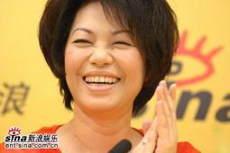 蔡琴作客新浪嘉宾聊天宣传《跑路救天使》(2)