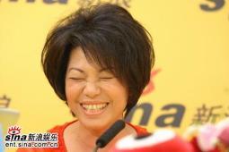 蔡琴作客新浪嘉宾聊天宣传《跑路救天使》(3)