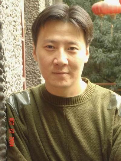 资料图片:话剧《原罪》主创人员冯晖