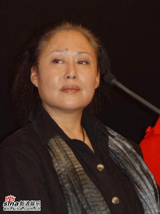 话剧《月牙儿》上海开拍斯琴高娃20年后扮月儿