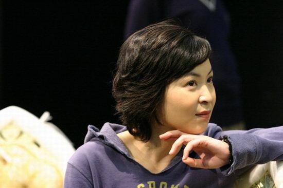 资料图片:话剧《倾城之恋》香港彩排(10)