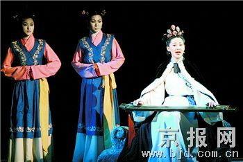 徐帆演绎《蔡文姬》呈现简练美传递艺术美学