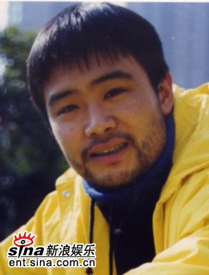 资料图片:话剧《兄弟》主创人员-演员刘春峰