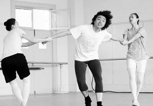 对话国际芭蕾大师诺曼:京剧激发我灵感(组图)