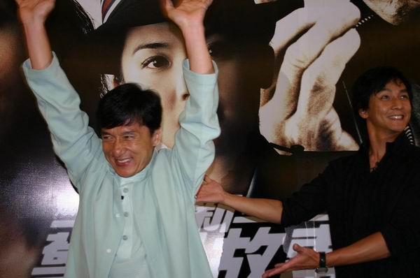 图文:成龙吴彦祖携《新警察故事》登陆吉隆坡(2)
