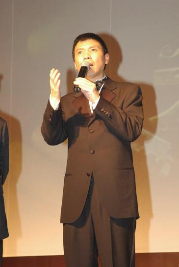 组图:《天下无贼》北京慈善首映--冯小刚