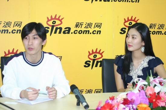 图文:韩国女星金素妍作客新浪聊电影《七剑》(6)