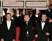 组图:《黑社会》戛纳首映主创全黑衣气势逼人