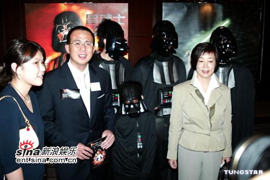 图文:《星战前传3》香港首映-李泽楷出席活动