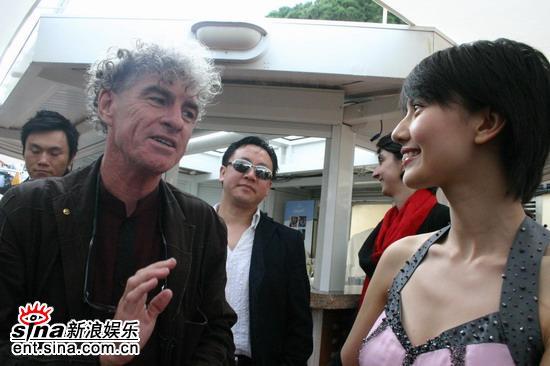 """图文:《青红》戛纳推介会-杜可风""""迷上""""高圆圆"""
