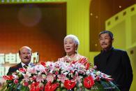 组图:第8届上海电影节落幕赵薇荣登影后宝座