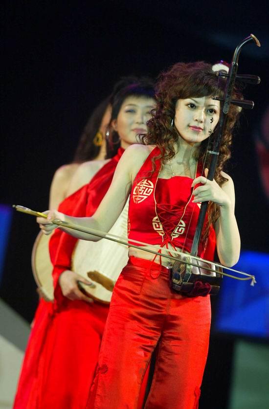 图文:北京国际体育电影周开幕式--明骏女孩