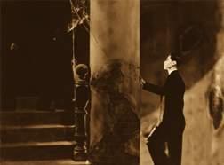 资料:百年中国经典影片回顾展--《夜半歌声》