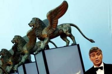 图文:《晚安,好运》亮相威尼斯--金狮下的导演