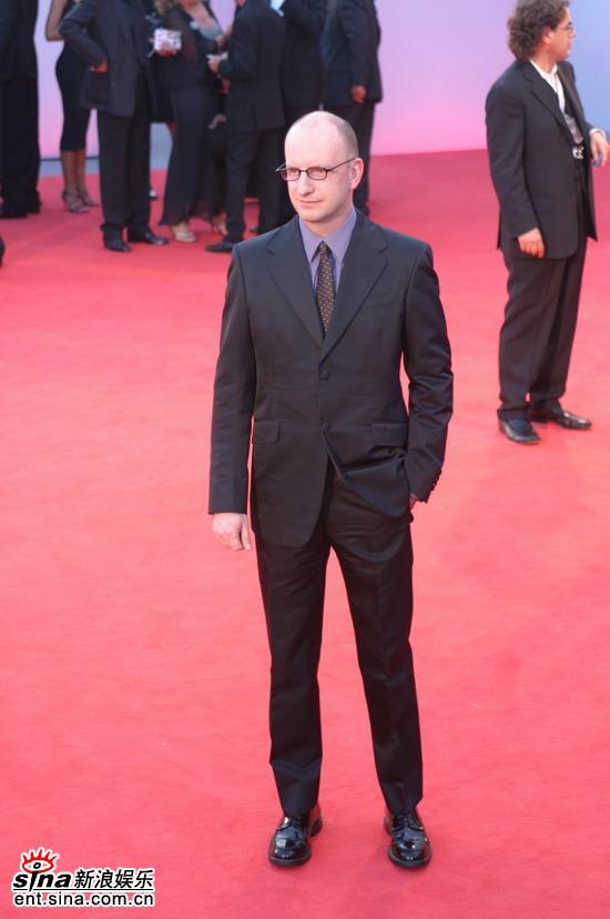图文:《晚安,好运》红地毯-斯蒂文-索德伯格