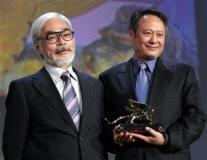 组图:李安《断背山》一举夺得最佳影片金狮奖