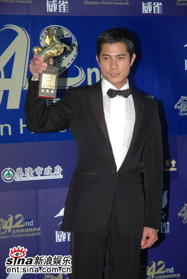 快讯:郭富城凭借《三岔口》获得最佳男主角奖