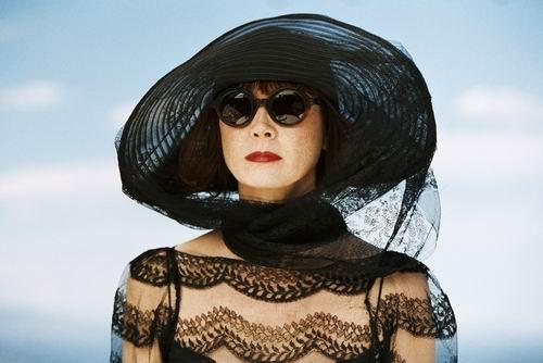 第九届上海电影节参赛影片:《黑衣女人的香气》