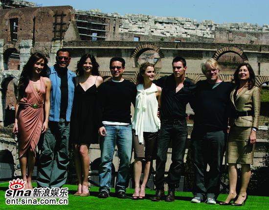 资料图片:《碟中谍3》克鲁斯等出席各地首映(5)