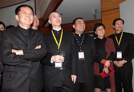 图文:首届中国电影导演协会年度奖开幕-酒会现场