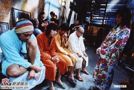 av电影_组图:新片《av》亮出青春偶像 表演大胆开放