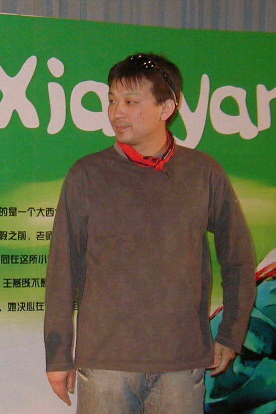 上学路上 北京首映导演携小演员亮相
