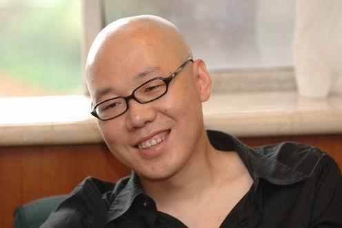 组图:秦海璐上海电影节过《冬至》董洁来捧场
