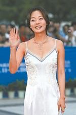 上海电影节闭幕式星光黯淡大学生来凑数(组图)