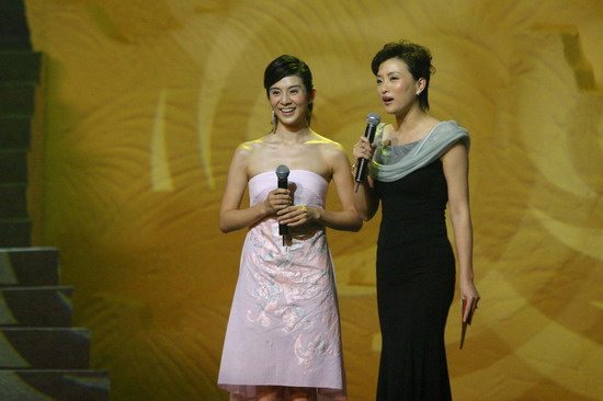 图文:《七剑》全球首映杨采妮登场艳惊四座