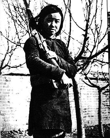 《为了胜利》首映献礼抗战胜利60周年(组图)
