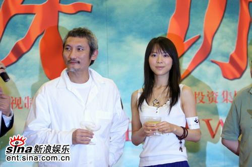组图:《七剑》票房突破6100万北京开庆功宴