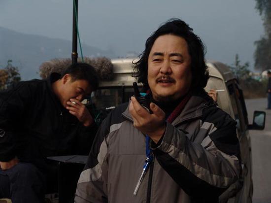 《沉默的远山》大热华表郑克洪推迟赴北美行程