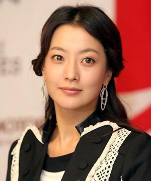 组图:成龙釜山电影节否认抗韩表示愿支持韩流