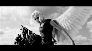 黑白映画《天使A》揭幕吕克-贝松电影展(图)