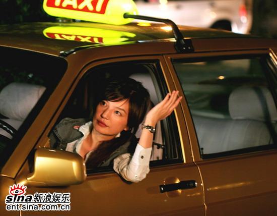 """《夜。上海》赵薇版""""的姐""""车技服人魅力迷人"""