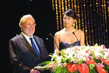 上海国际电影节闭幕影帝影后最佳导演皆缺席