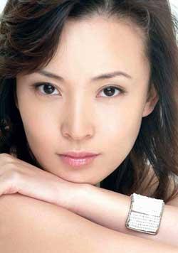 刘威葳演坚韧女性拍《左右》猛看艺术片(附图)