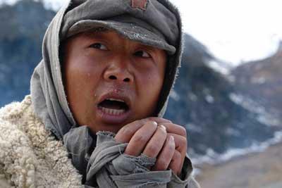 《革命到底》转战大渡河剧组爬雪山过草地(图)