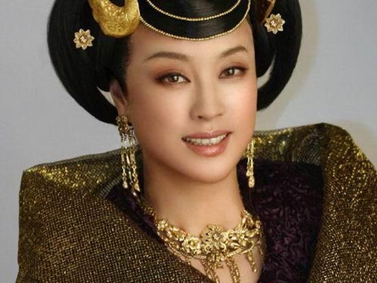 刘晓庆回归影坛有望牵手姜文再创经典(附图)