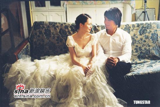 组图:《人鱼朵朵》徐若�uDUNCAN饰演甜美夫妻