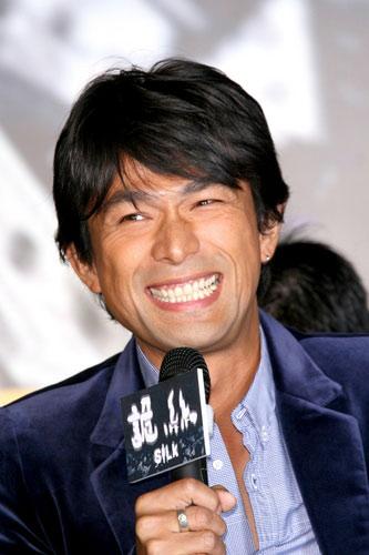 新浪娱乐讯 2006年9月25日,电影   《诡丝》   台北记者会...