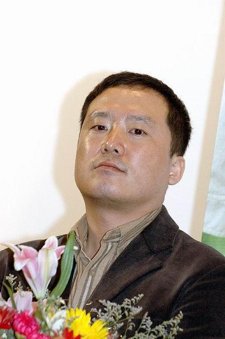 图文:韩国电影展举行首映式金基德车太贤出席(9)