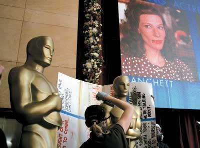 美国影迷谴责奥斯卡乏味主持人风格受质疑(图)