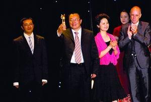 上海国际电影节圆满落幕影帝影后缺席颁奖礼