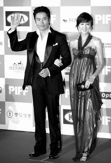 第11届釜山电影节开幕《疯狂的石头》是闭幕片